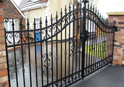Chatsworth driveway gates for Ready made driveway gates